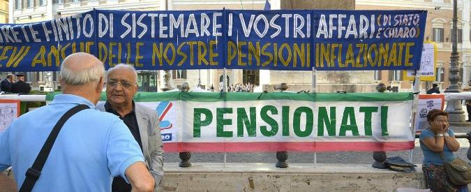 Foto Daniele Leone/LaPresse 23-07-2014 Roma, Italiacronaca Manifestazione di Ugl pensionati per chiedere la fine delle tassazioni capestro ed il ripristino del potere d'acquisto delle pensioni. Piazza Montecitorio